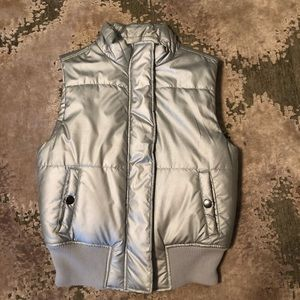 Silver puffer vest, by Izod